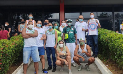 Os integrantes da Mancha Verde Salvador, subsede da maior torcida organizada do Sociedade Esportista Palmeiras, promoveram neste sábado
