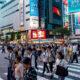 O Japão alertou nesta quarta-feira (4) que as infecções pelo novo coronavírus estão disparando em um ritmo inédito, e os casos novos atingiram