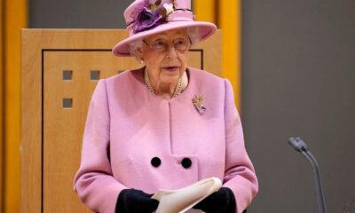 """A Rainha Elizabeth II criticou a inércia dos líderes mundiais em lidar com a crise climática, admitindo que está """"irritada"""" com indivíduos que"""