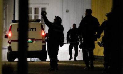 Várias pessoas foram mortas e outras feridas por um homem que utilizou um arco e flechas em uma cidade na Noruega, segundo a polícia local.
