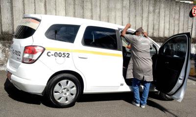 A transferência do alvará para exploração da atividade de taxista é retomada em Salvador, a partir desta segunda-feira (4). Desde que foi